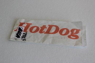 Sáček papírový na hot dog 8 x 22cm / 100ks